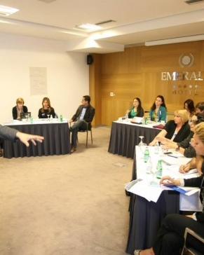 Mediji i civilno društvo u Prištini